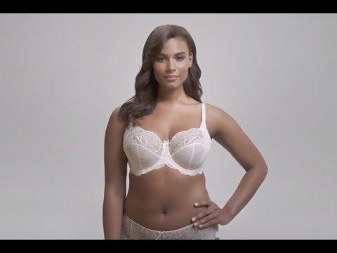 Reklāma, kas izmanto īstas sievietes