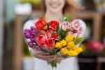 Valsts pārvaldē nodarbinātajiem iesaka nepieņemt pārmērīga apjoma ziedu pušķus