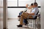 Latvijā 35,6% iedzīvotāju ir grūtības samaksāt par veselības aprūpi, liecina CSP dati