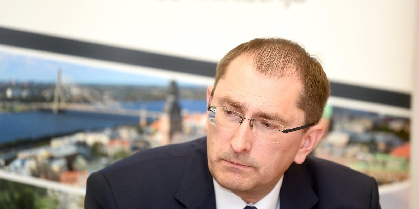 С Россией и Беларусью драмы нет! Линкайтс о бесплатных автобусах, штрафах в авто и чистых дорогах