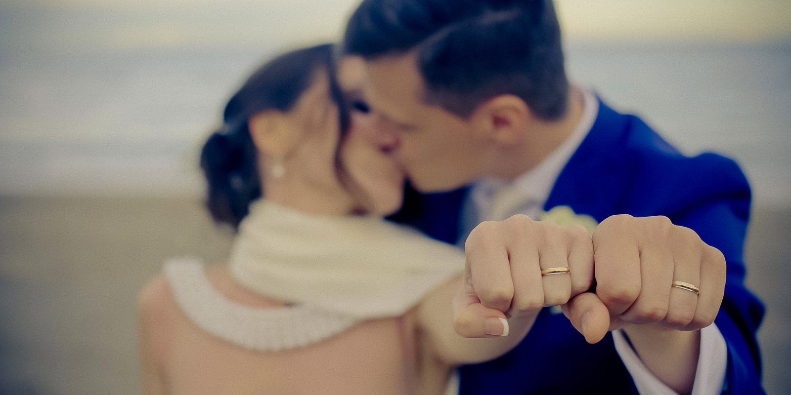 Mīlestība nav atcelta. Kā notiek kāzas Latvijā ārkārtējās situācijas laikā