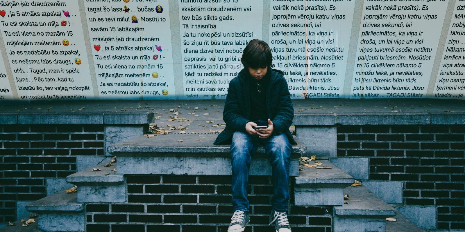 """""""Если не перешлешь это сообщение, пожалеешь"""". Как относиться к письмам-цепочкам в телефонах детей"""