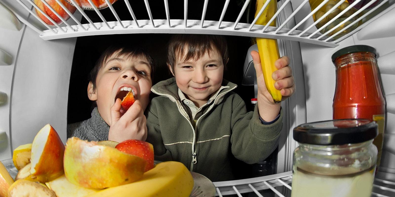Kā vecākiem nesajukt prātā, plānojot bērnu ēdienkarti krīzes apstākļos