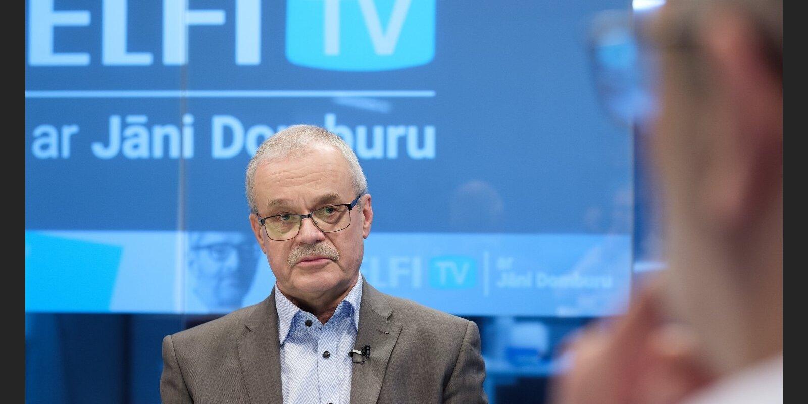 'Delfi TV ar Jāni Domburu' par 'čekas' mantojumu atbild pētnieks — Indulis Zālīte. Pilns sarunas teksts