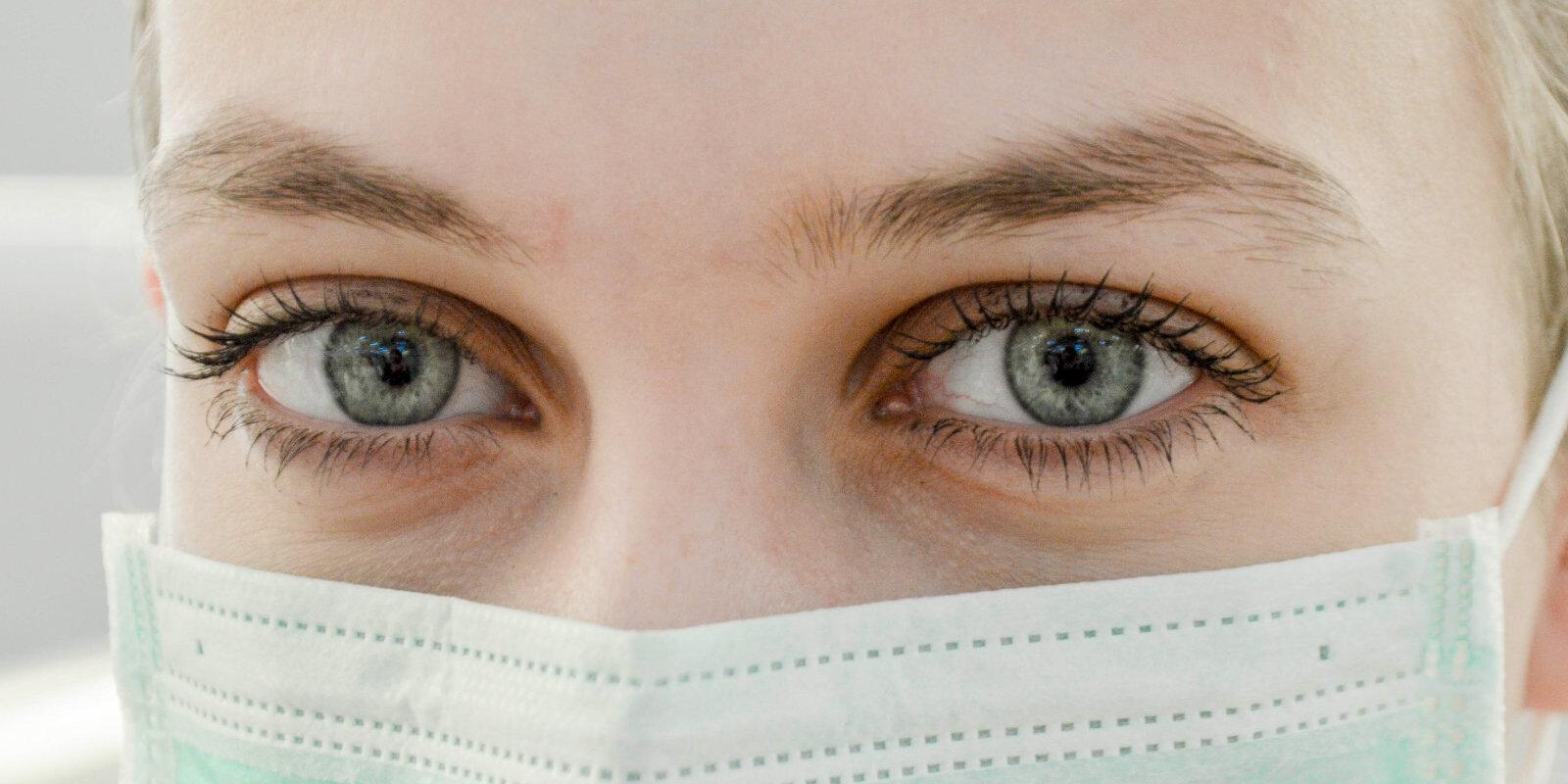 Рост зарплат ниже обещанного. Сколько зарабатывают латвийские врачи?