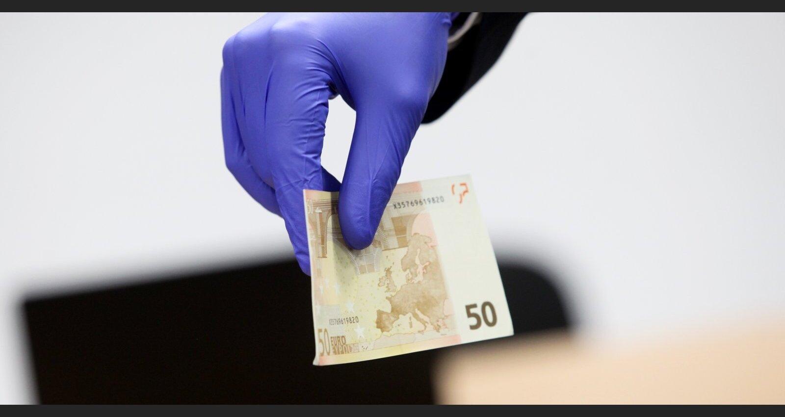 Izlemj Latvijas likteni; vai nonāksim 'Moneyval' 'pelēkajā sarakstā'