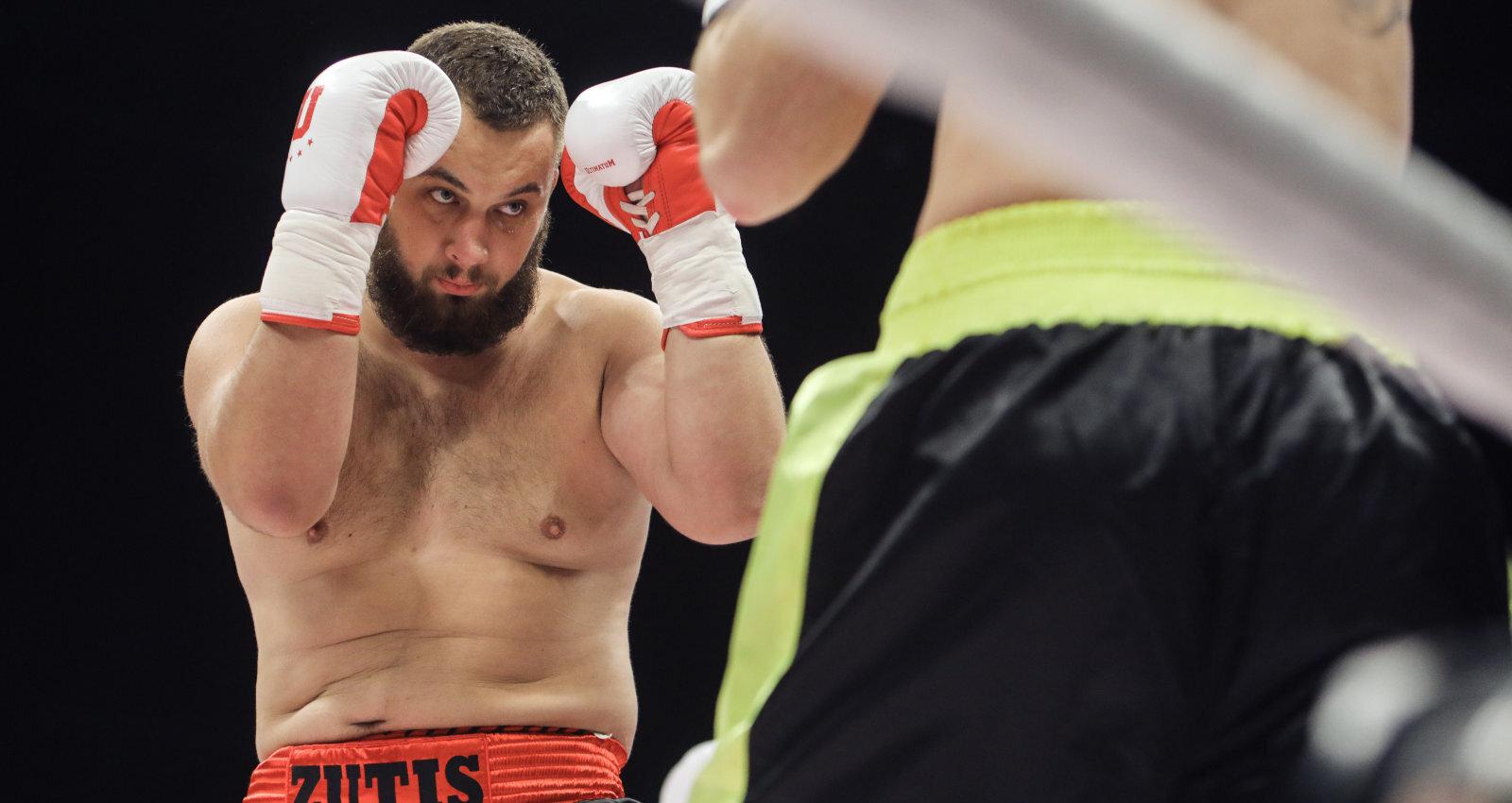 Kad Taisonu nokautējušais Viljamss pats izaicina – bokseris Zutis turpina ceļu uz eliti
