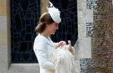 Foto: Kā kristīja mazo britu princesi Šarloti
