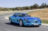 'Mercedes-Benz' prezentējis 'SLS AMG' sērijveida elektroauto