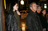 Mels Gibsons skandalozi atrāda jauniņo draudzeni