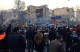 Демонстрации в Иране переросли в жесткие столкновения с полицией