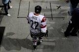 Latvijas hokeja izlases kandidāts Jass guvis savainojumu