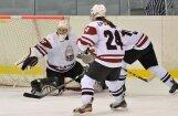 Latvijas hokejistes izšķirošajā cīņā par ceļazīmi uz pirmās divīzijas A grupu kapitulē slovākietēm
