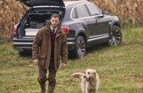 'Bentley Bentayga' speciāli medniekiem – ar vietu ieročiem un alkoholam