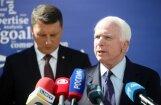 Маккейн в Риге: важно вовремя выявить пропаганду, чтобы с ней бороться