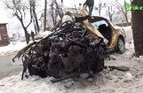 Video: Smaga avārija Rēzeknē – spēkrats ietriecies kokā
