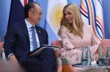Дональд Трамп вступил в твит-полемику с Челси Клинтон о месте Иванки на G20