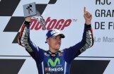Vinjaless pēc Rosi kritiena izcīna uzvaru 'MotoGP' posmā Francijā