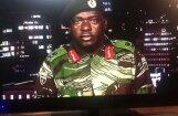 Zimbabves armija pārņem kontroli valstī; apgalvo, ka Mugabe ir drošībā