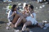 Nožēlojami kadri: Kad britu 'lēdijas' uzveic alkohols