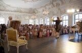 Senās  mūzikas  festivāls  bērnus aicina uz greznu uzvedumu Rundālē