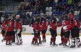 Latvijas U-18 hokeja izlase pasaules čempionāta mačā zaudē Šveices vienaudžiem