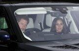 Princis Harijs ar līgavu lepnā džipā ierodas pusdienās pie karalienes
