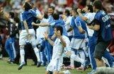 Grieķijas un Čehijas futbola izlases priecīgas par ceturtdaļfināla sasniegšanu
