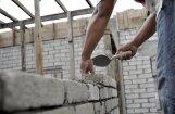 Latvijā iedzīvotāji pērk lielākus zemesgabalus, bet ceļ mazākas mājas