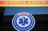 Rīgā no ēkas otrā stāva nokritusi 73 gadus veca sieviete