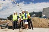 Iemūrēts jaunā 'Škoda' autosalona 'Green Motors' pamatakmens