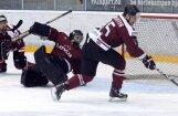 Latvijas  hokeja  izlase  sagrauj Itāliju