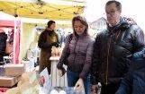 Foto: Ilvess ar topošo kundzi Rīgā pagodina 'Lupatiņus'