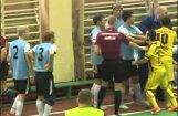 Пославшего в нокдаун судью футболиста дисквалифицировали на два года (ВИДЕО)