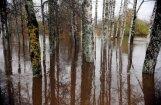 Brīdina par ūdens līmeņa paaugstināšanos upēs un plašāku palieņu applūšanu