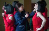 Krāšņi foto: Krievijas sieviešu kolonijā izvēlas 'Mis pavasari'