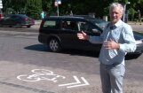 'Zebra': Kr. Barona ielā velosipēda piktogramma ar 'divām bultiņām'