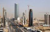 Par spīti solījumiem OPEC naftu pumpē arvien vairāk