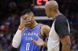 Vestrbrūks ar komandas biedru un galveno treneri 'noštrāfēti' par tiesnešu kritizēšanu NBA