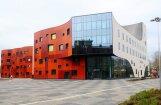 Строители больницы Страдиня: выявление недочетов при эксплуатации здания — это нормально