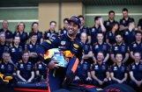 'Red Bull' F-1 komanda nepacietīgi gaida Rikjardo atbildi par līguma pagarināšanu
