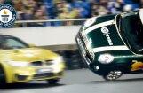Ginesa rekords: 'BMW M4' drifts ap uz diviem riteņiem braucošu 'MINI'