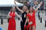 Foto: Rīts pēc elegantākās britu studentu balles