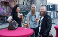 Foto: Latvijas varenie un hipsteri tiekas uz kopīgu aliņu