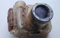 Amerikānietes pazaudētu fotoaparātu atrod gandrīz 10 000 kilometru attālumā no mājām