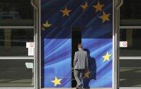 Секреты профессии. Еврочиновник: зарплаты с видом на повышение и огурцы с видом на искривление