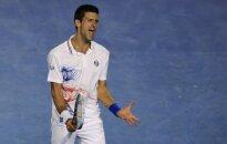Džokovičs ilgākajā 'Grand Slam' finālā iegūst 'Australian Open' čempiona titulu