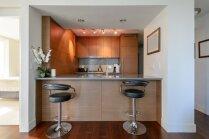 Kafejnīcas noskaņa mājās – idejas bāra tipa letēm
