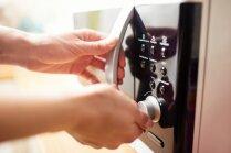 Virtuves piederumi un produkti, ko nedrīkst likt mikroviļņu krāsnī