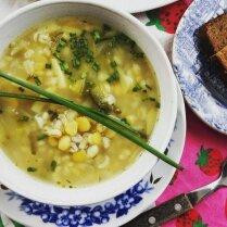 Постный суп с перловкой и дробленым горохом